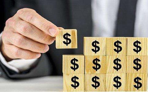 中年夫妇年收25万炒股如何进行资产配置